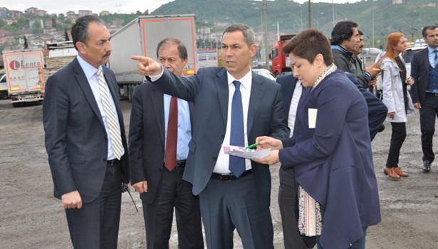 Başkan Uysal, hastaneler için yer gösterdi