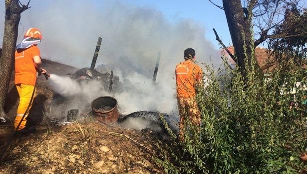Konserve yaparken yangın çıktı 3 hektarlık alan kül oldu