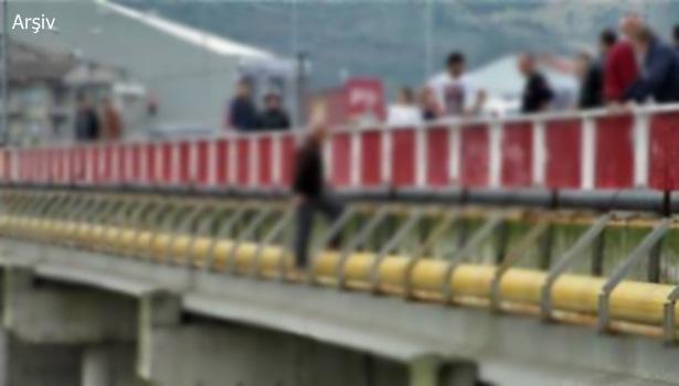 7. kez aynı köprüde intihara kalkıştı