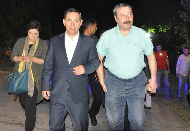 Devlet erkanı Ereğli'de, demokrasi nöbetinde..