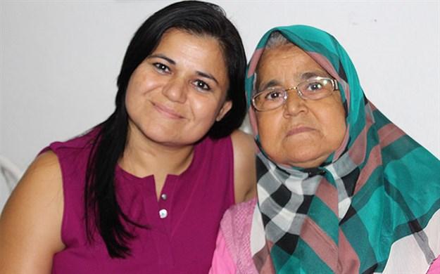 Anne,kızının  verdiği böbrekle sağlığına kavuştu