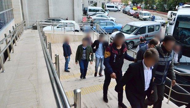 Zonguldak´taki FETÖ soruşturması: 14 şüpheli adliyede