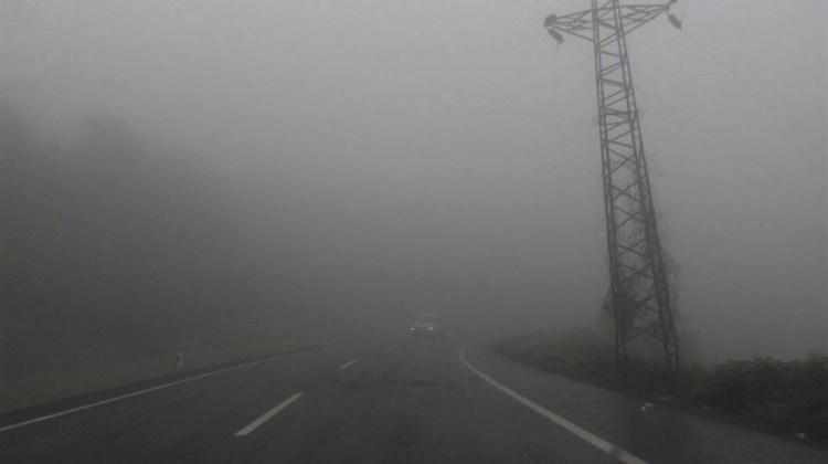 """Yetkililerden şoförlere""""yoğun sis"""" uyarısı"""