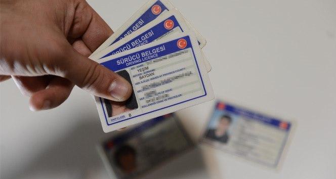 Pasaport ve ehliyet işlemleri Nüfus İdaresi'ne devrediliyor