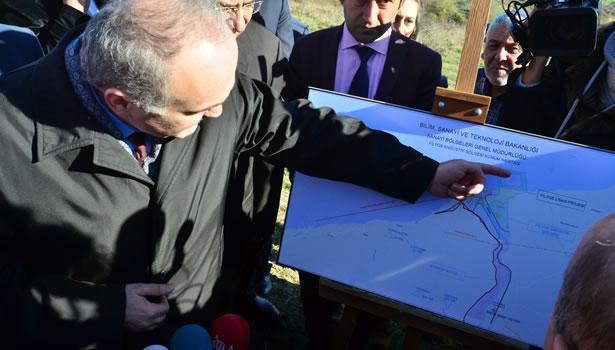 Bakan Özlü 'Filyos Projesi' bölgesinde inceleme yaptı