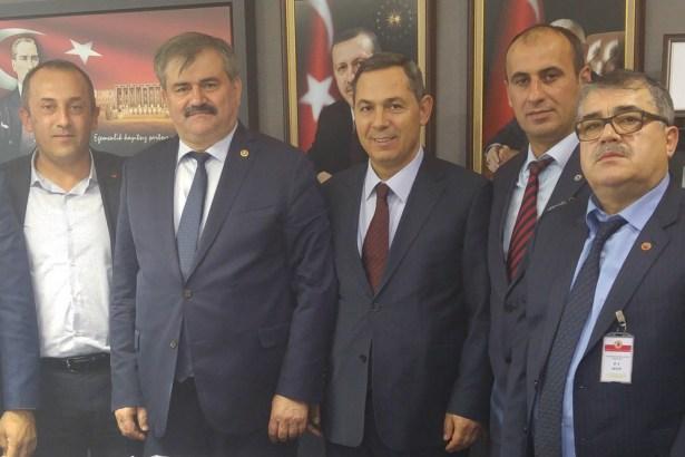 Başkan Uysal, Ankara'da temaslarda bulundu