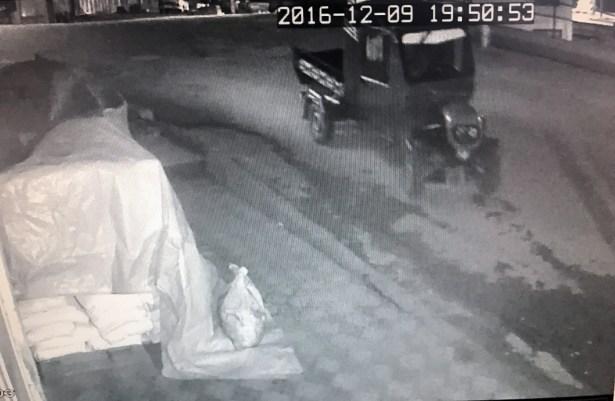 Pat-pat hırsızları kameraya yakalandı
