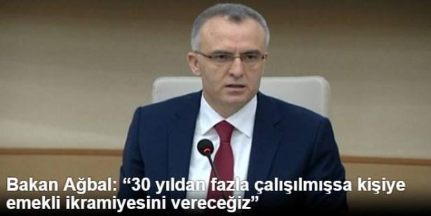 """Bakan Ağbal: """"30 yıldan fazla çalışılmışsa kişiye emekli ikramiyesini vereceğiz"""""""