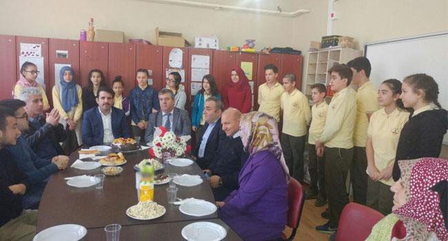 Çakır, TEOG'da başarılı olan öğrencileri kutladı