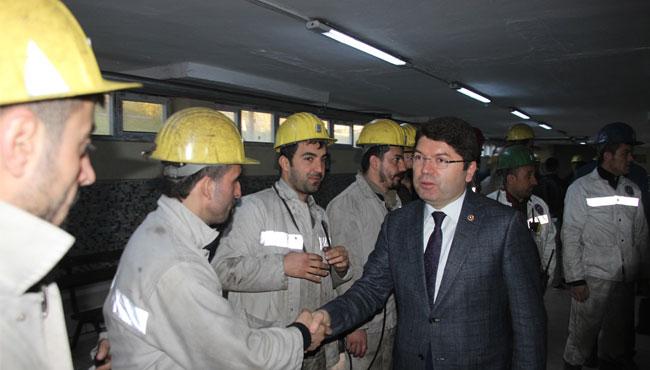 Maden işçileri ile buluştu
