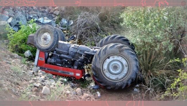 Traktör Kazası ; 3 yaralı