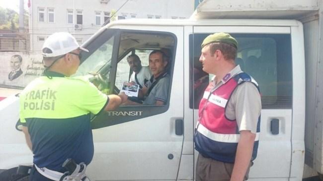 Emniyet Müdürlüğü Ekipleri Trafik Kurallarına Dikkat Çekti