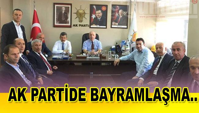 AK PARTİDE BAYRAMLAŞMA..