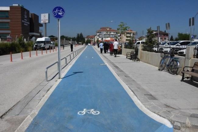 Bisiklet Alt Yapı Çalışmalarını Sürdürüyor.