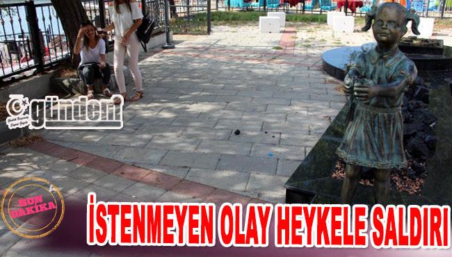 İstenmeyen Olay Heykele Saldırı