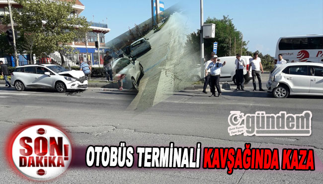 Otobüs Terminali Kavşağında Kaza