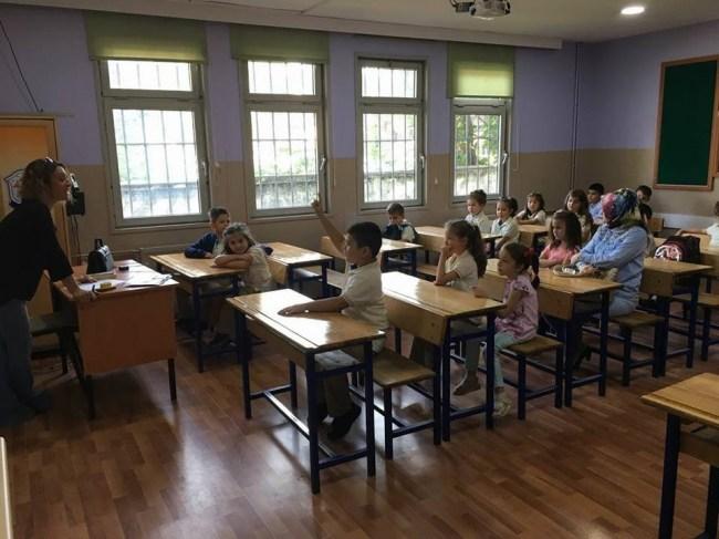 Düzce'de minik öğrenciler için ders zili çaldı