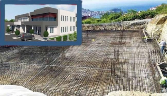 Tunç, Devlet Hastanesi inşaatını inceledi