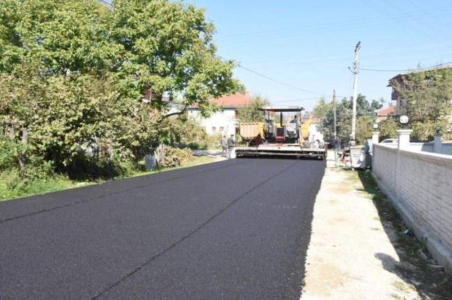 Düzce Körpeşlerde asfaltlama ve park yapımı
