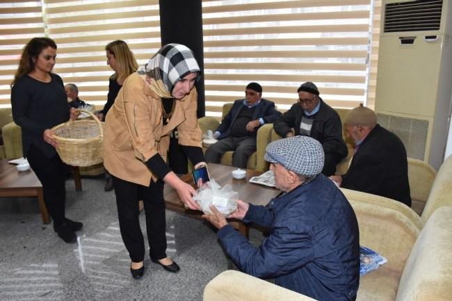 Düzce Belediyesinden Yaşlılar Haftası etkinliklerle kutlandı