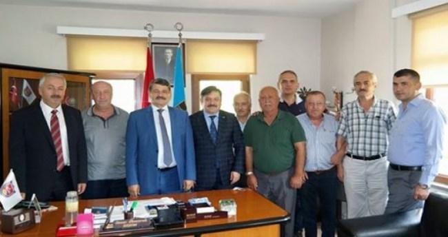 Başkan Amasralı'dan Belediye Başkanı Akın'a ziyaret