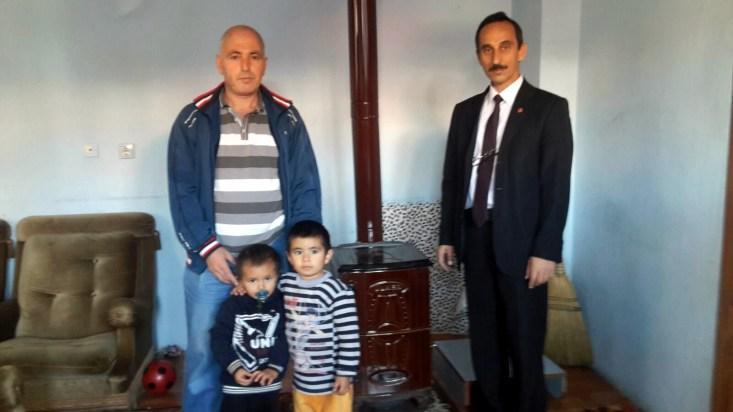 Alaplı Saadet Partisi'nden Afgan aileye yardım