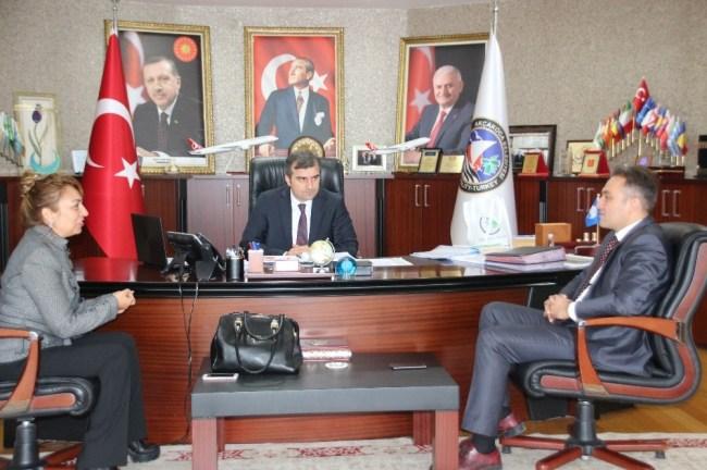Başkan Yemenici'ye teşekkür plaketi