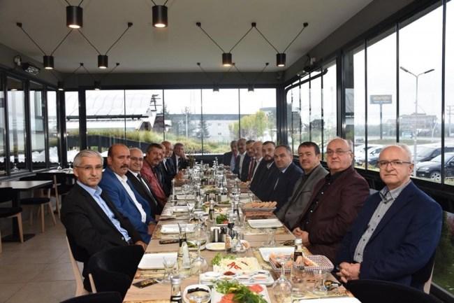 Başkan AY MÜSİAD üyeleri ile buluştu