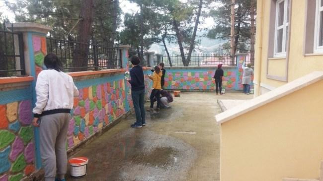 Düzce Üniversitesi öğrencilerinden renkli etkinlik