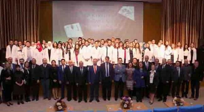 Karabük Üniversitesinde 92 tıp öğrencisi beyaz önlük giydi