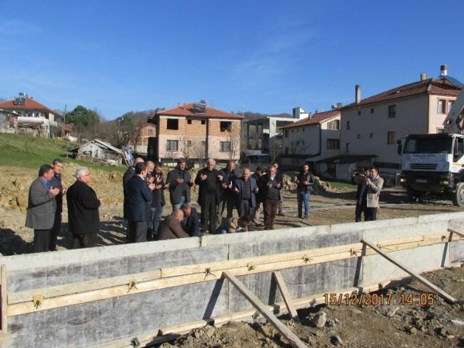 Seçim vaadi olan Boğaziçi kapalı pazaryerinin temeli atıldı