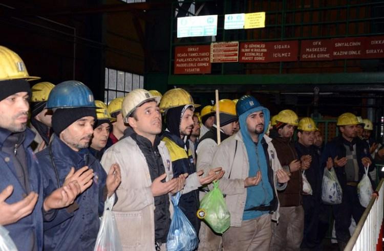 103 Maden şehidi için anma töreni...