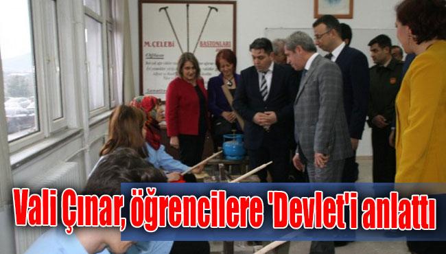 Vali Çınar, öğrencilere 'Devlet'i anlattı