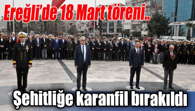 Ereğli'de 18 Mart töreni..  Şehitliğe karanfil bırakıldı