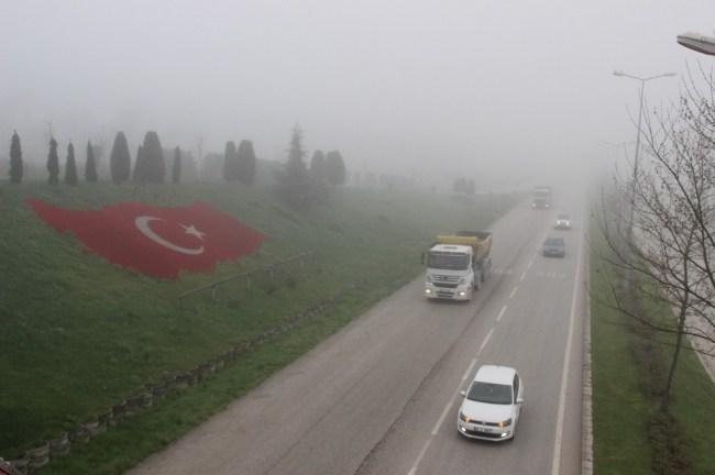 Bolu Dağı'nda ve Düzce Merkezde yoğun sis...