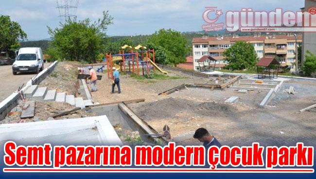 Semt pazarına modern çocuk parkı