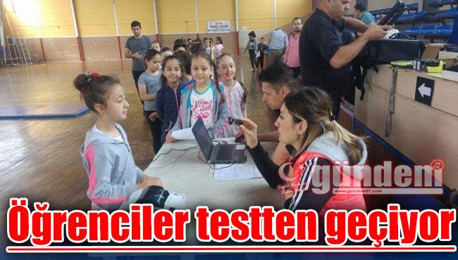 Öğrenciler testten geçiyor