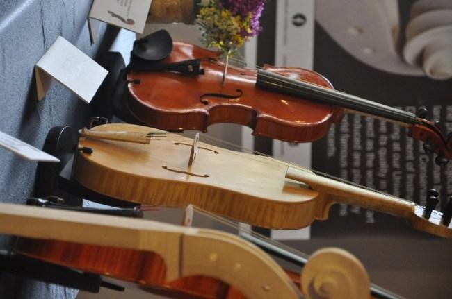 BEÜ'de çalgı sergisi açıldı