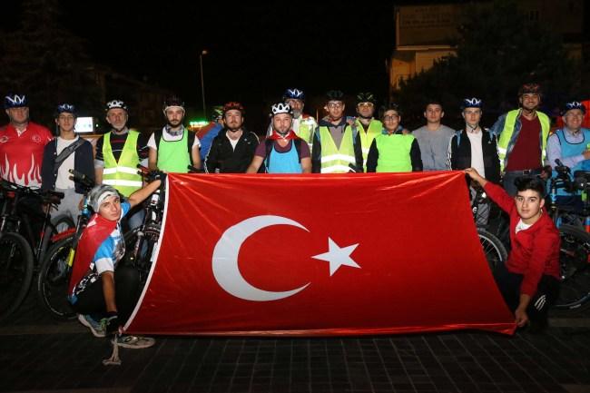 Pedallar Şırnak'ta şehit düşen askerler için çevrildi