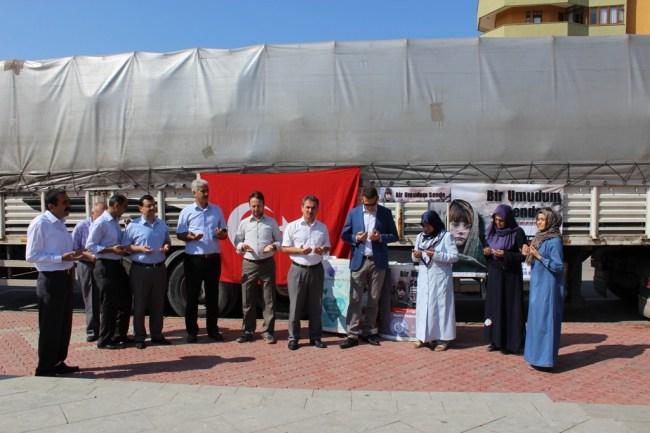 Safranbolu'dan Haleplilere bir tır dolusu yardım