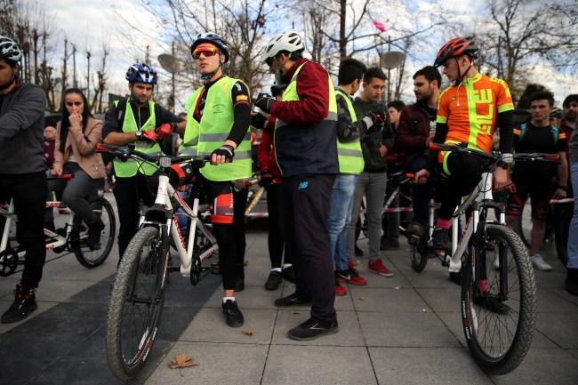 """""""Aşmak İçin Hareket, Aşmak İçin Bisiklet"""" projesi"""
