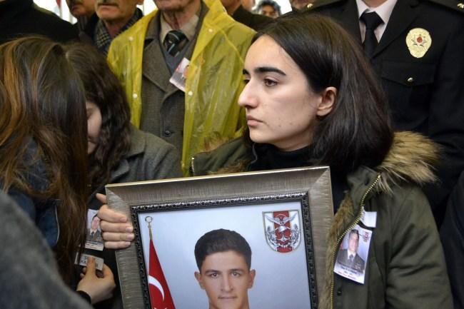 Şehit Ömer Bilal Akpınar, baba evine son kez getirildi