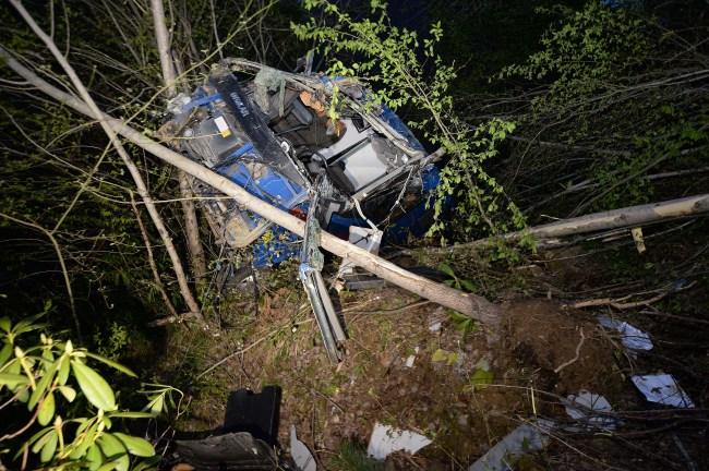 Cezaevi nakil aracı devrildi: 2 Asker Şehit Düştü