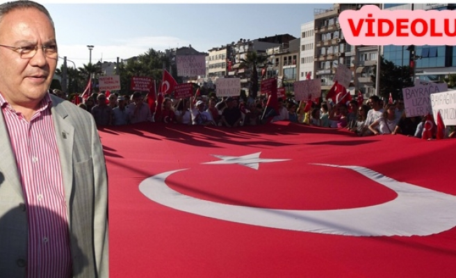 """BAYRAĞA UZANAN ELLER KIRILSIN"""