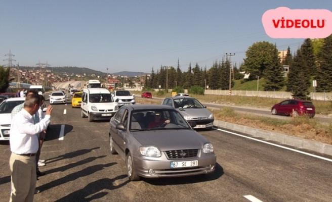 Yol trafiğe açıldı
