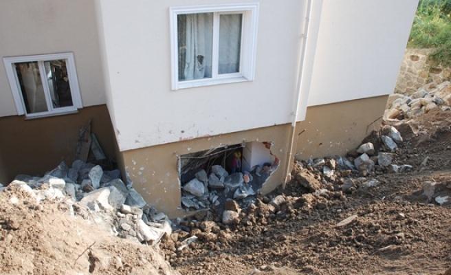 Ereğli´de duvar çöktü
