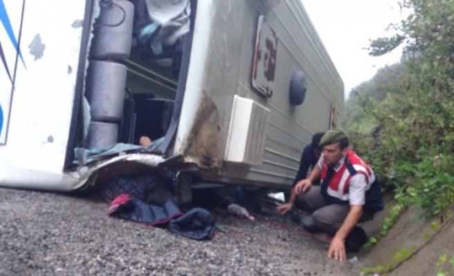 Funda Arar konserine giden öğrenciler kaza yaptı: 25 yaralı