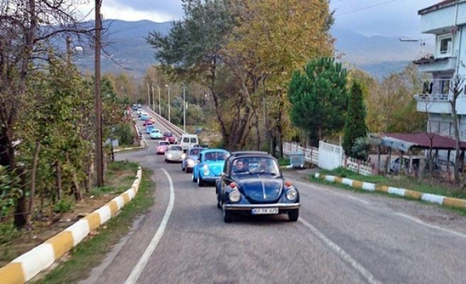 Vosvos tutkunları klasik araçlarıyla gezi düzenlediler