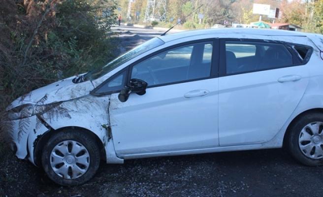 Ereğli´de, mıcıra kapılan otomobil takla attı: 1 yaralı