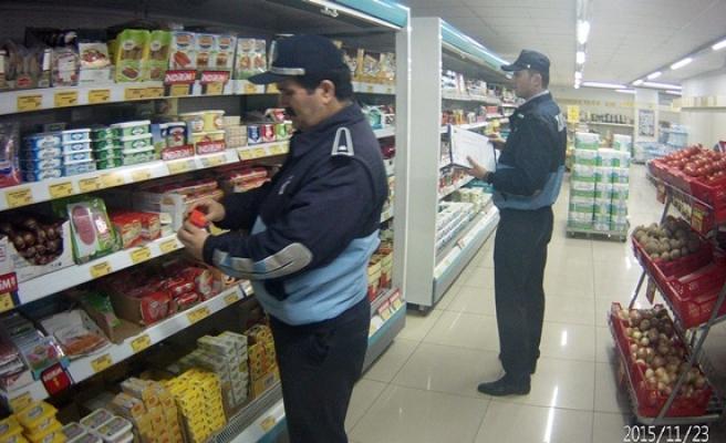 Ereğli´de zabıta ekipleri marketleri denetledi